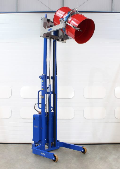 Telescopic drum tipper lifts a steel barrel to full height and rotates the drum ready for tipping.