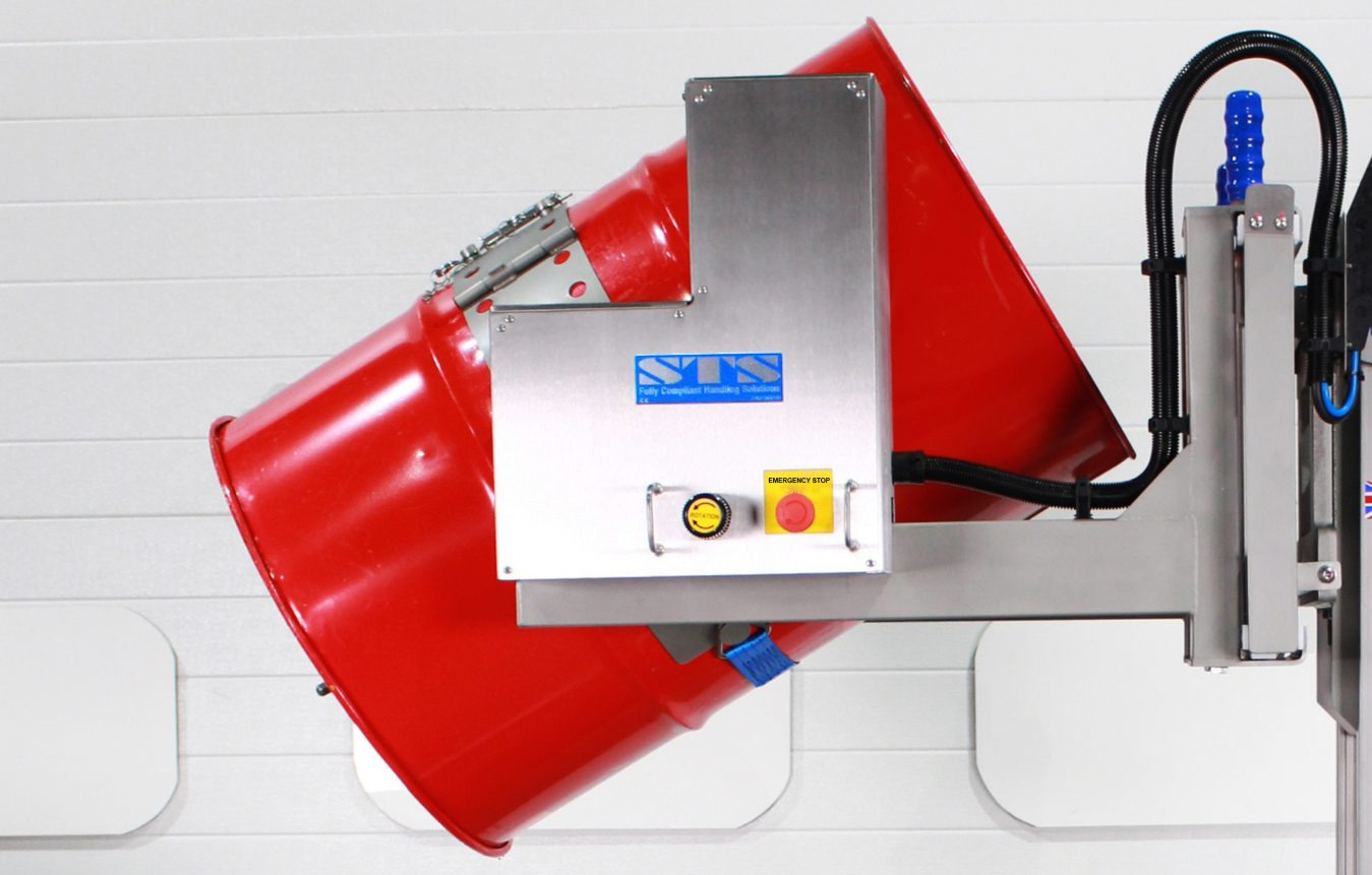 Drum tipper with powered drum rotation controls (hydraulic)
