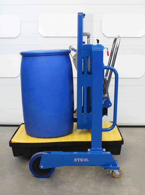 Side-Shift Drum lifter unloads a plastic l-ring drum from a spill pallet