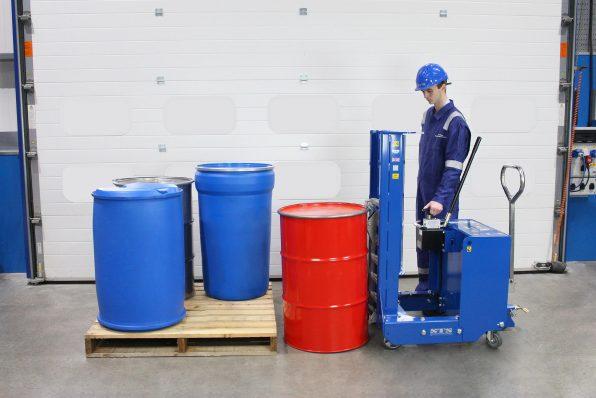 An engineer uses the Counterbalance lifter to move drums on and off pallets with ease
