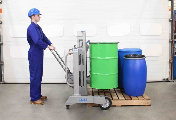 Pharmaceutical drum lifter suitable for lifting drums and barrels.