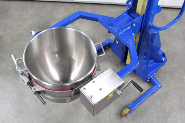A top view of the bowl clamped into this small drum lifter