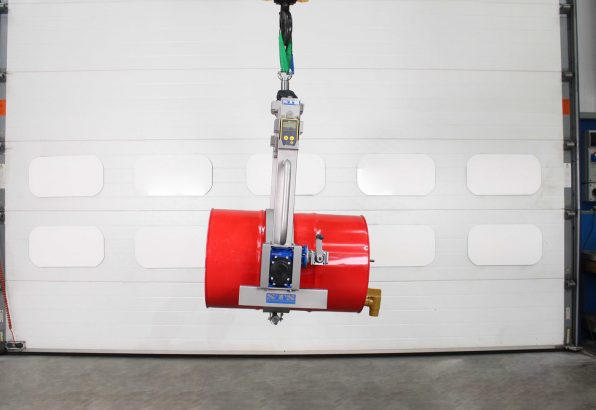 Manual rotate overhead drum tipper can be used on mezannine decks or with a overhead crane and hoist