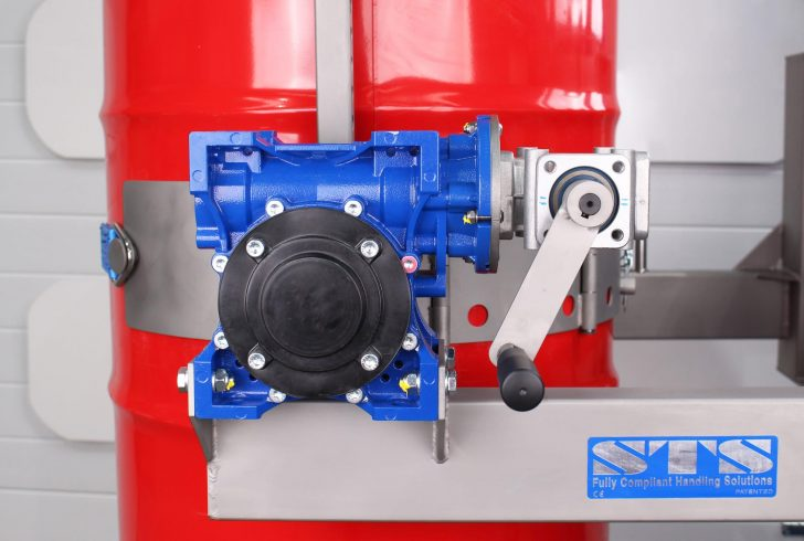 The self-locking gearbox on the STS Universal Drum Rotator