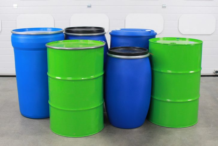 A range of six different drums and barrels which can be handled by the STS drum trolley.